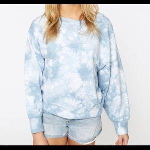 Sanctuary Blue & white tye dye cropped sweatshirt
